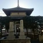 福岡市博多区の地域墓地に、追加彫刻の拓本取りにやってきました。