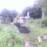 糟屋郡宇美町にある地域墓地でのお墓修繕作業です。