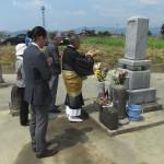 改葬・ご遺骨のお引越し準備と遷仏法要に。朝倉市の地域墓地から福岡市東区の三日月山霊園へ、12年前にお墓を建てていただいたお客様