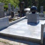 福岡市立平尾霊園にて、細部までお客様のこだわりにお応えした独創的なお墓を建立。インド産クンナム+中国G688